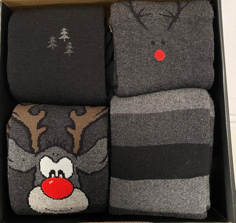 """Image of   4 par julesokker i gaveæske""""Rudolf"""" Vinterstrik"""