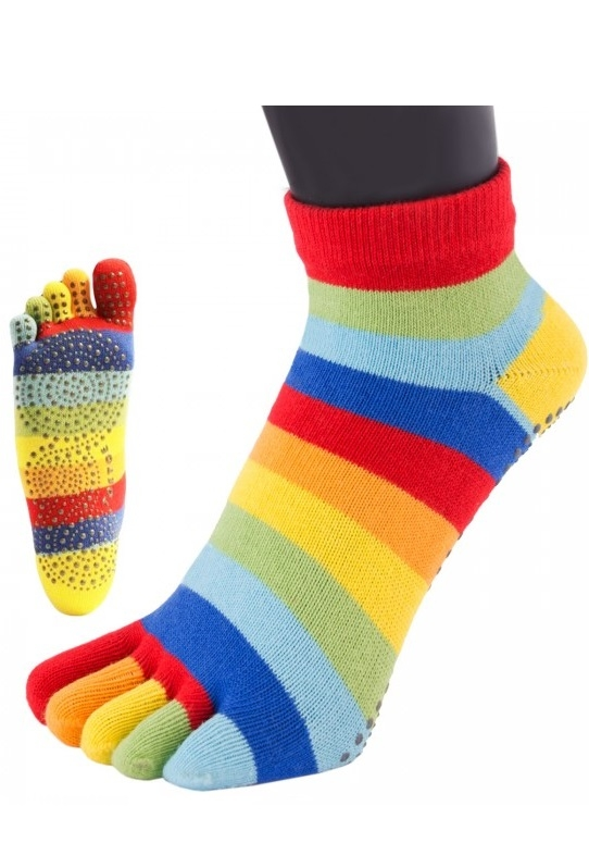 Toetoe yoga & pilates anti-slip sole trainer rainbow str. 44-47 fra toetoe fra shopwithsocks