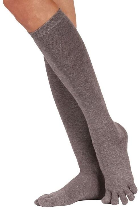 toetoe – Toetoe knæstrømper grå str. 35-46 på shopwithsocks